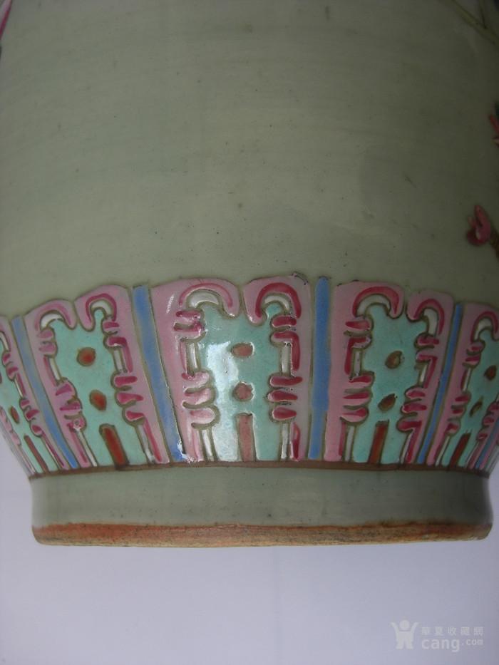 豆青釉粉彩花卉灯笼瓶一对 已鉴定图11