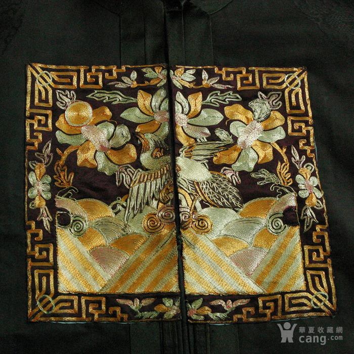 美国博物馆旧藏:清代文官前后补子 丝质暗龙纹大褂图4