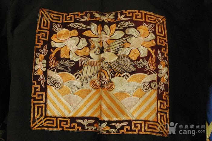 美国博物馆旧藏:清代文官前后补子 丝质暗龙纹大褂图5