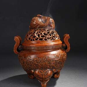 清代 竹雕饕餮纹双耳炉