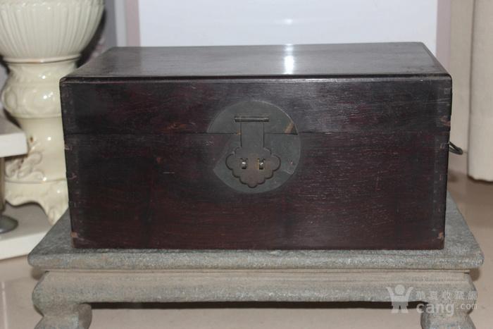 清代酸枝木箱图1