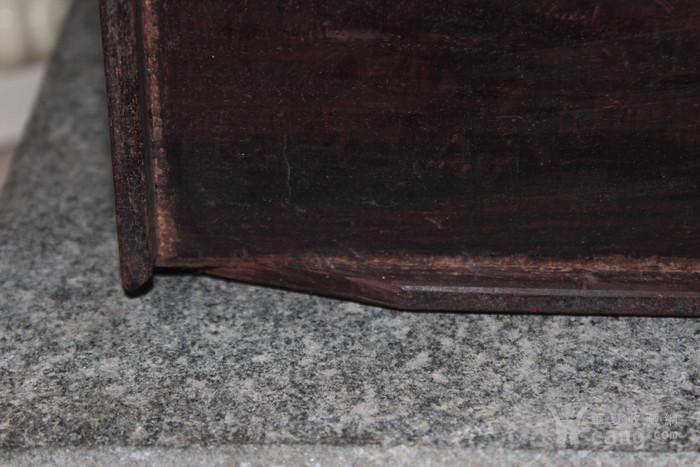 清代酸枝木箱图10