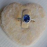 蓝宝石钻戒 天然斯里兰卡蓝宝石镶南非钻石18K金女款钻戒