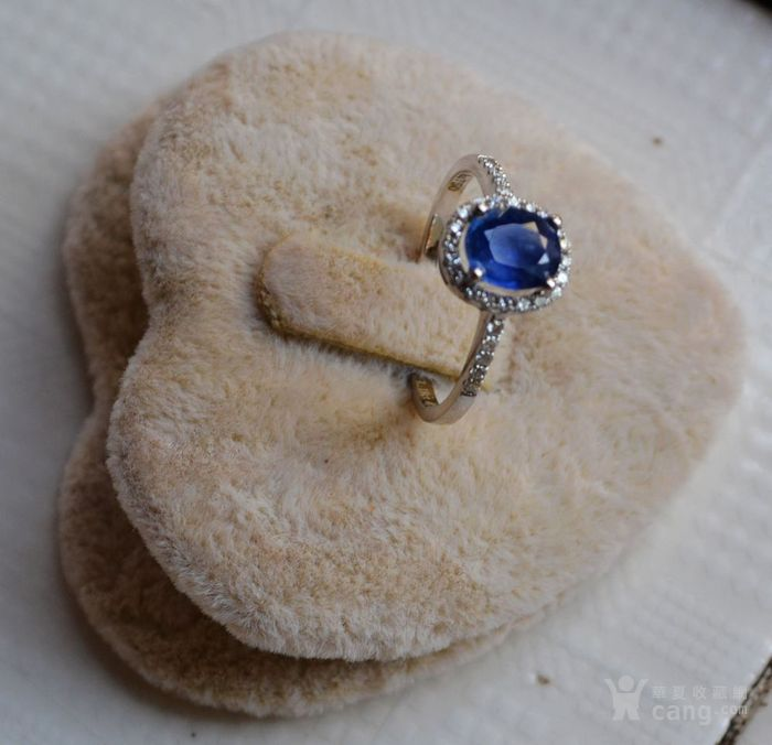 蓝宝石钻戒 天然斯里兰卡蓝宝石镶南非钻石18K金女款钻戒图3