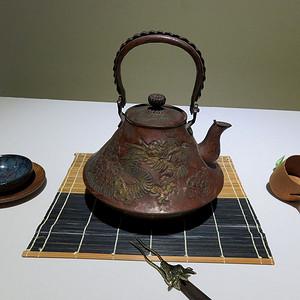 古缘商会日本老铁壶明治时期龙纹铜壶老铁壶