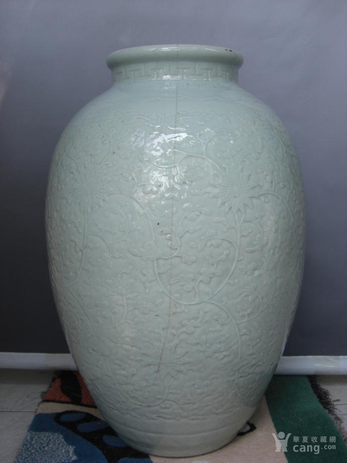 清中期 超大粉青釉缠枝宝相花太白罐 已鉴定图4