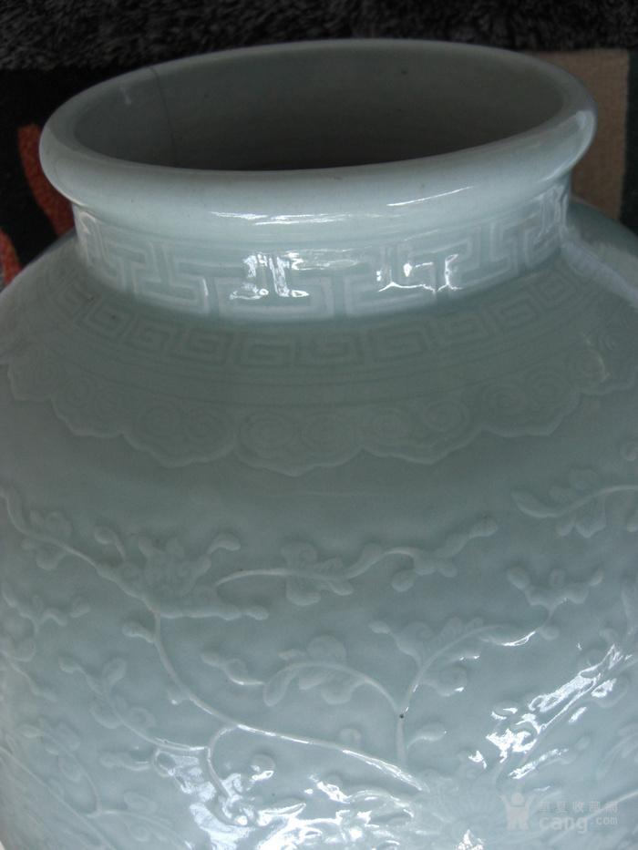 清中期 超大粉青釉缠枝宝相花太白罐 已鉴定图11