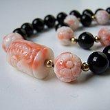 雕花孩儿面珊瑚黑玛瑙Onyx珠链