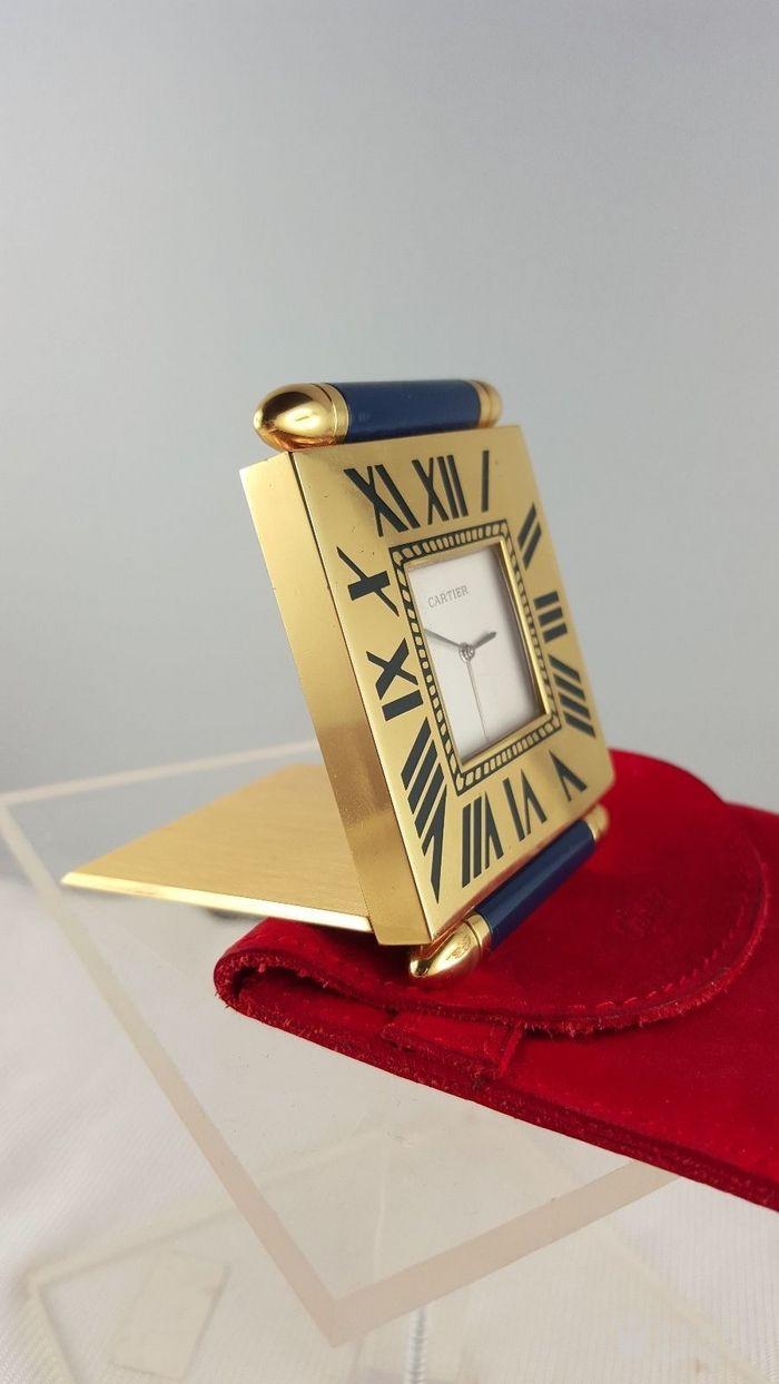 卡地亚Cartier镀金旅行闹钟/座钟*带天然蓝宝石*图2