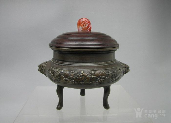 清代   三足双耳开窗带红木盖镶嵌红玛瑙铜香炉『聚古斋』图3