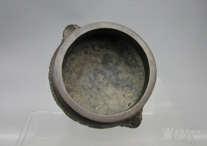 清代   三足双耳开窗带红木盖镶嵌红玛瑙铜香炉『聚古斋』图6