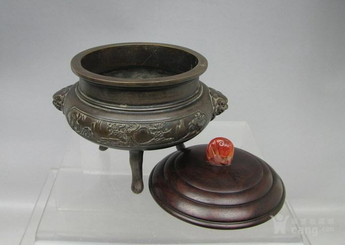 清代   三足双耳开窗带红木盖镶嵌红玛瑙铜香炉『聚古斋』图5