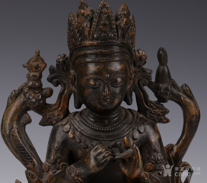 明代晚期释迦牟尼造像图2