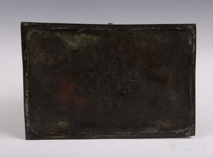 明代晚期释迦牟尼造像图8