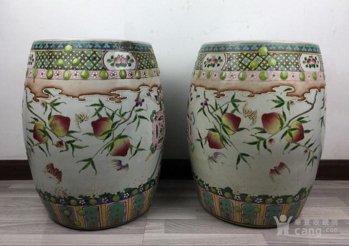 清代粉彩绘五福捧寿瓷鼓凳一对图3