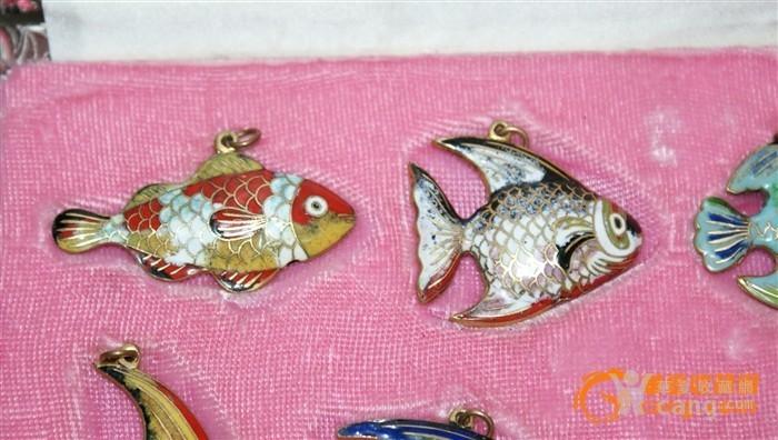2391 铜胎画珐琅鱼一套图2