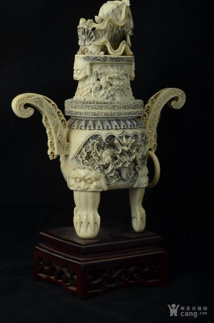 清 珍贵材质狮钮龙纹香炉图3