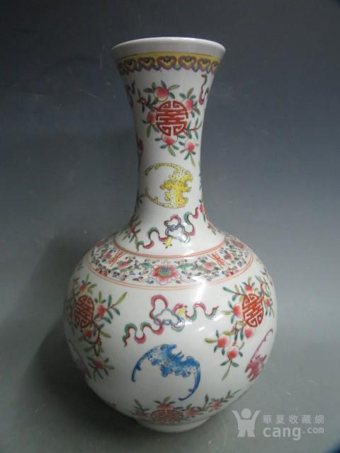 粉彩寿子球瓶图5