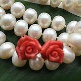 阿卡玫瑰花珊瑚雕刻耳钉