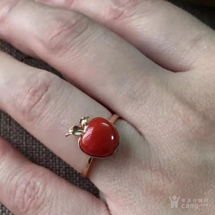 18k金阿卡红珊瑚苹果型戒指图4