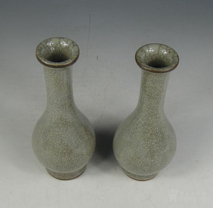 明代 哥窑小花瓶一对图3