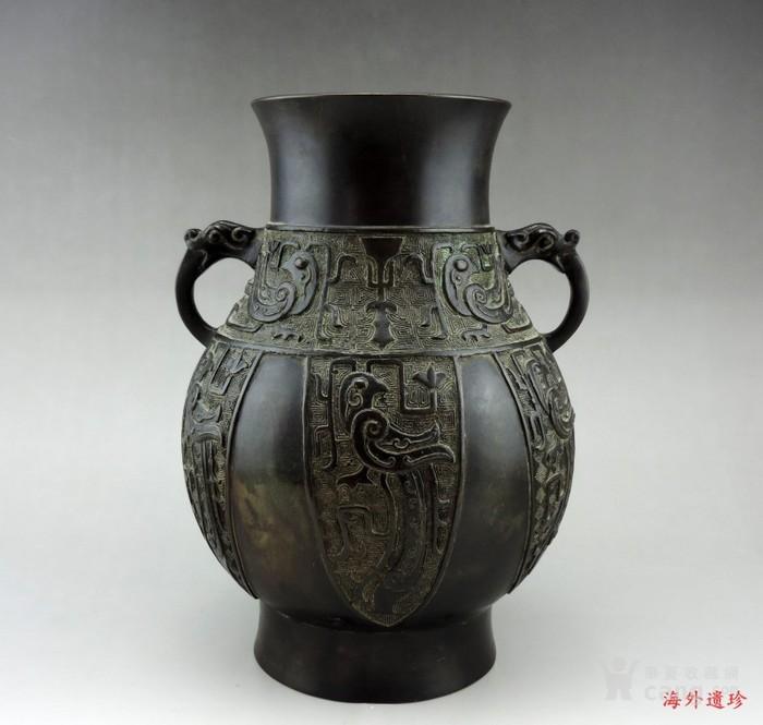 清中期 仿商周青铜器饕餮纹瑞兽耳铜尊-图1