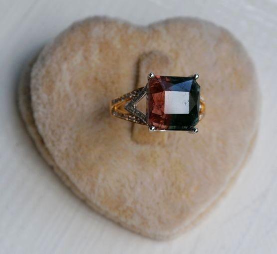 西瓜碧玺戒指 天然西瓜碧玺镶南非钻石18K金女款钻戒图3