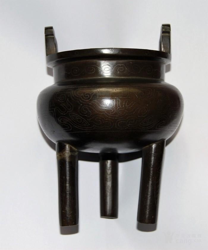 清 石叟款木盖嵌银丝三足銅炉图2