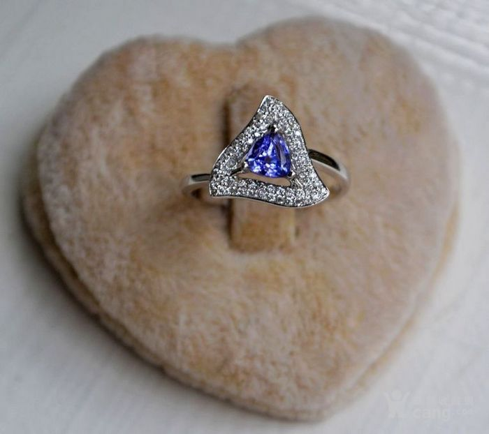 坦桑石女戒 天然坦桑石镶南非钻石18K白金女款戒指图6