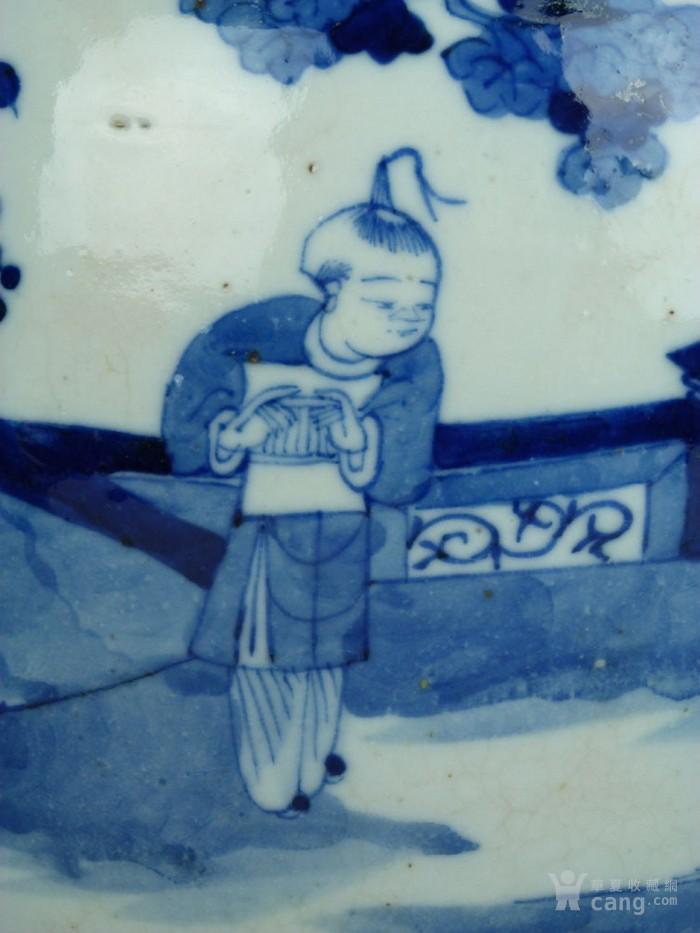 """清晚期哥釉青花人物""""三娘教子""""大罐(带盖)图4"""