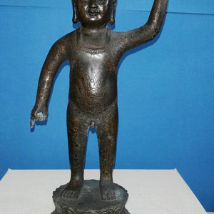 清代人物铜造像