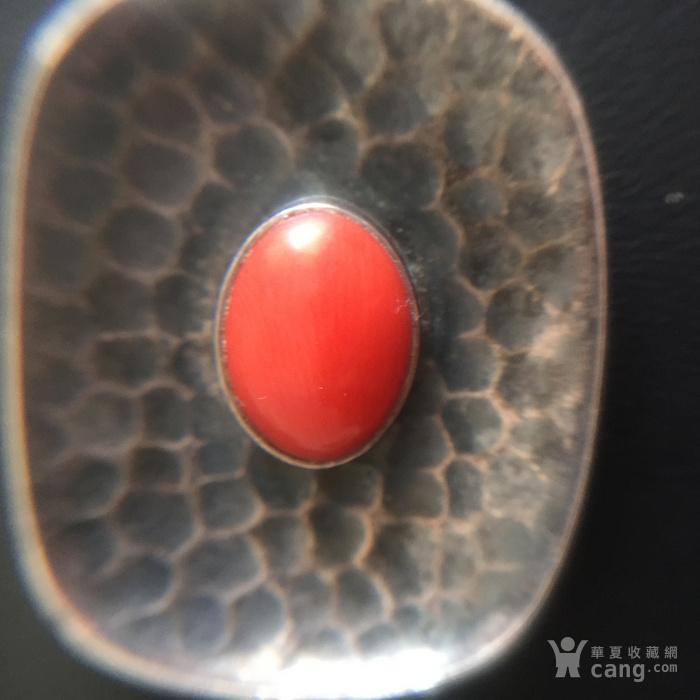 镶红珊瑚老银吊坠图3