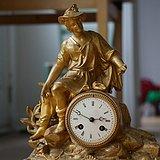 法国十九世纪中晚期铜鎏金壁炉座钟