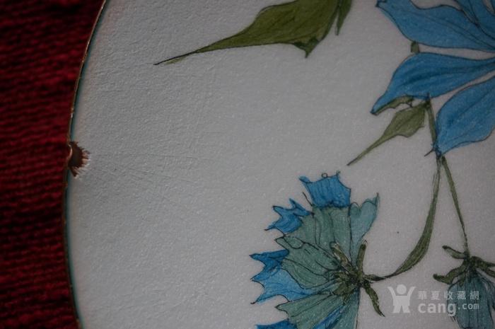 欧洲手绘精美铜胎珐琅盘带签名图4