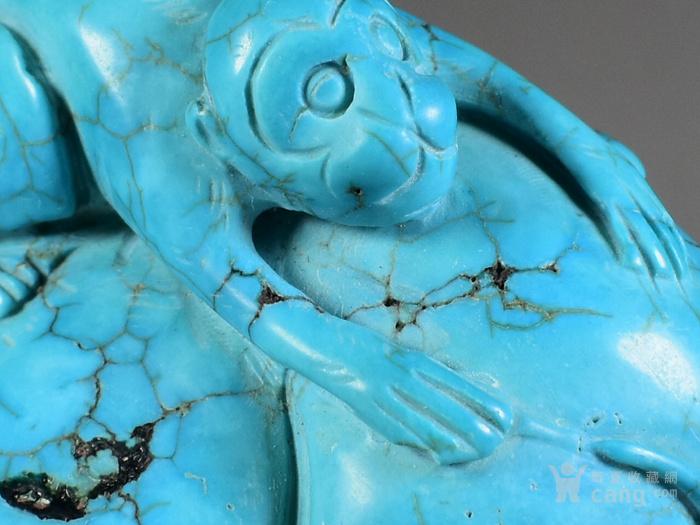 绿松石 手把件 高瓷高蓝 猴子抱桃图5