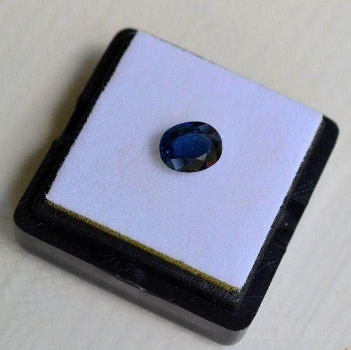 蓝宝石 斯里兰卡纯天然椭圆型1.20克拉蓝宝石图4