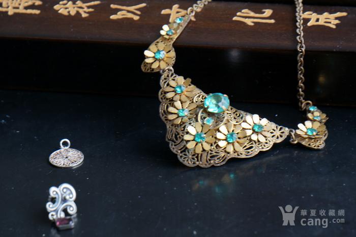 银镀金掐丝镶嵌蓝宝项链图4