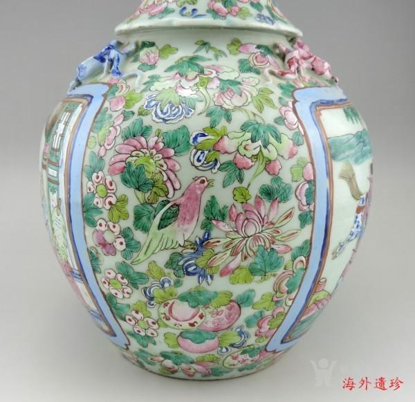 清代 中晚期 粉彩刀马人物堆塑螭龙狮耳大瓶图8