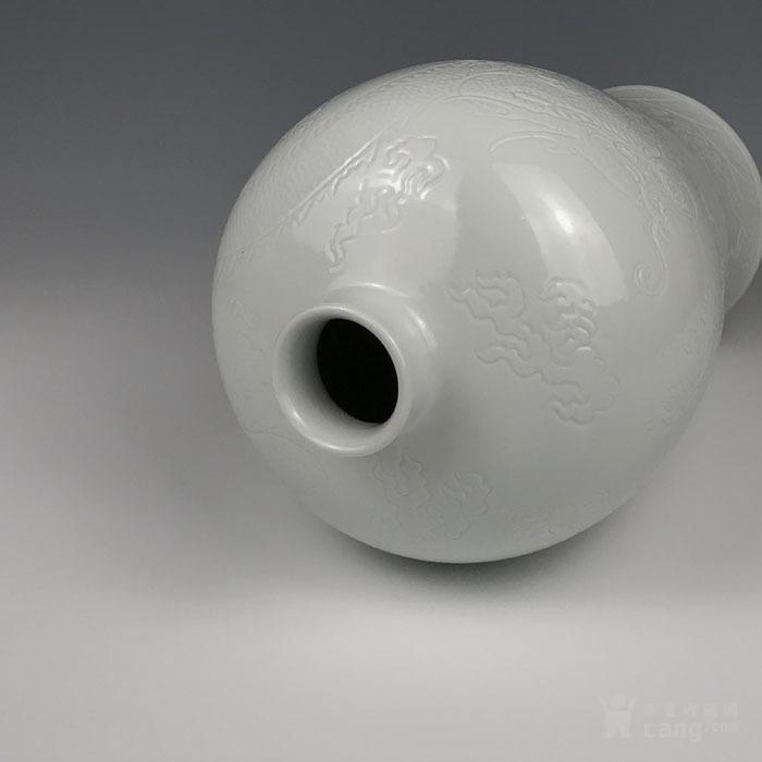 海外回流 清代白釉刻海水龙纹梅瓶图6