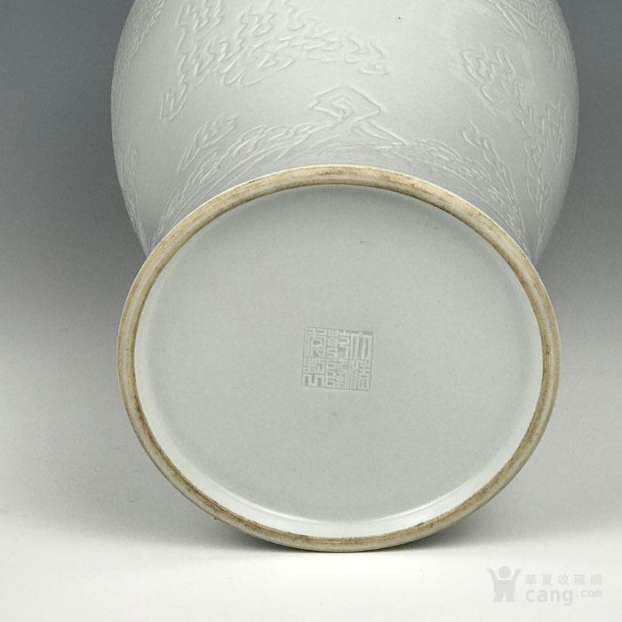 海外回流 清代白釉刻海水龙纹梅瓶图7