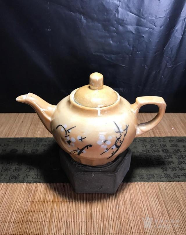 德化80年代国营厂,电光釉茶壶,釉下彩梅花图1
