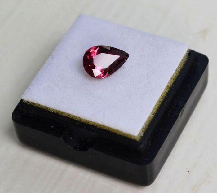 紫红色碧玺 尼日利亚纯天然紫红色碧玺1.23克拉图3