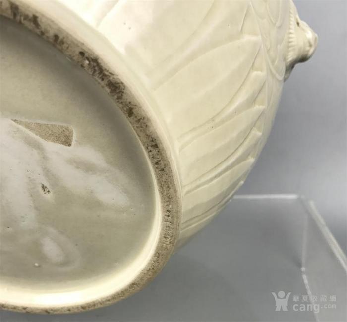 宋代定窑双狮耳牡丹纹缸图8