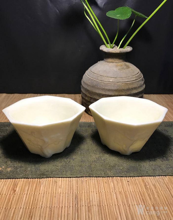 一对德化窑明代八方梅花杯,口径了8cm,高4.5cm简洁素雅图3