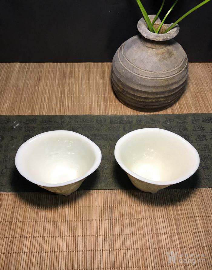 一对德化窑明代棱形兰花杯,口径7cm,高4.5cm,图2