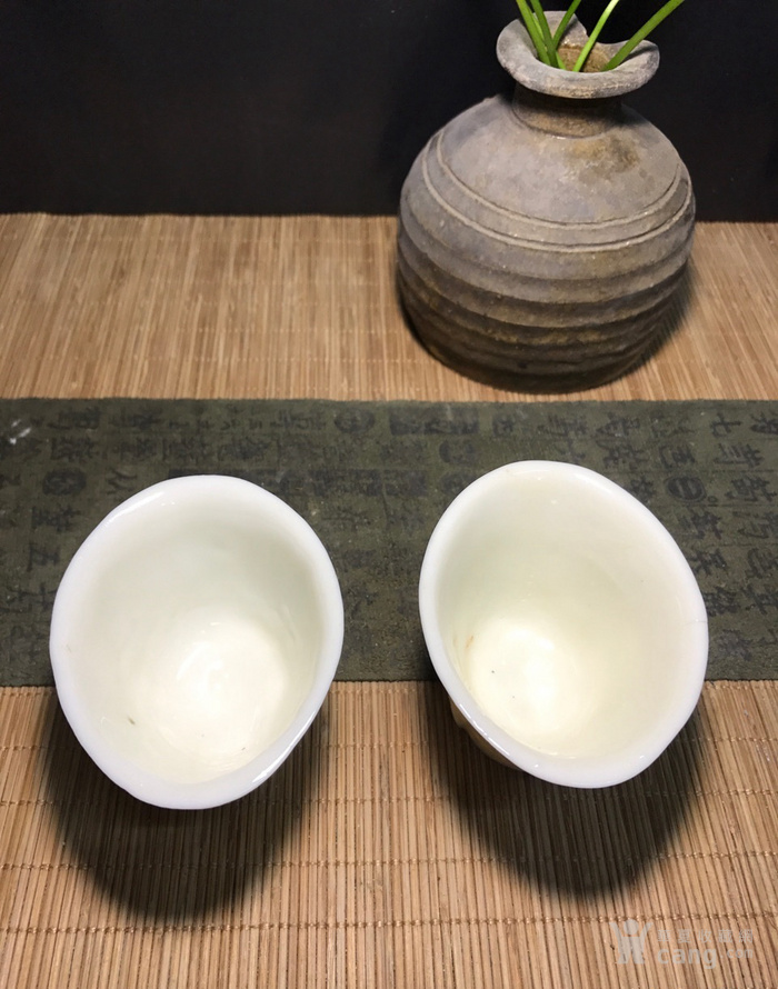 一对德化窑明代棱形兰花杯,口径7cm,高4.5cm,图4