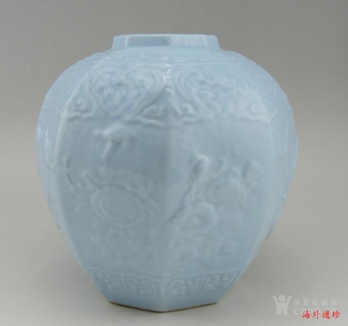 清代 天青釉 印花八棱形方罐图12