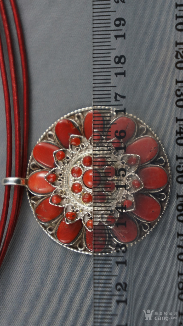 银镶嵌天然珊瑚莲花吊坠图3