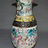 粉彩刀马人物瓶纹 2