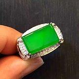 奢华珠宝玻璃种帝王绿男戒
